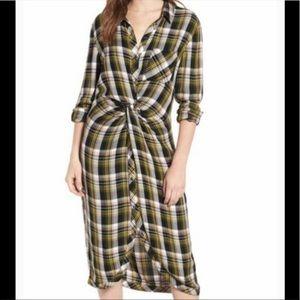 Caslon Plaid Front Twist Dress